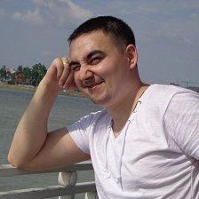 Марк Калашников